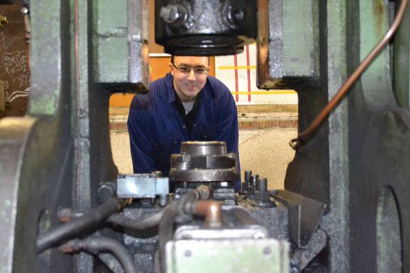 versatile employees manufacturing